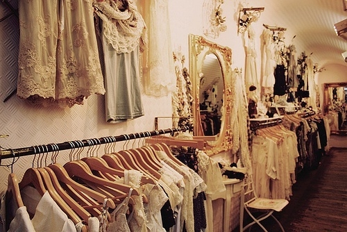 Cute clothes stores