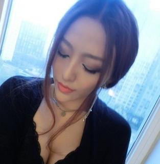 http://p1.qqyou.com/touxiang/uploadpic/2012-8/4/2012080411245544890.jpg_