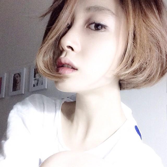 短发女生 - qq头像 - q友网